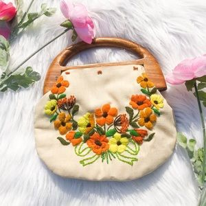 Vintage Wooden Small Embroidered Flower Purse 70s